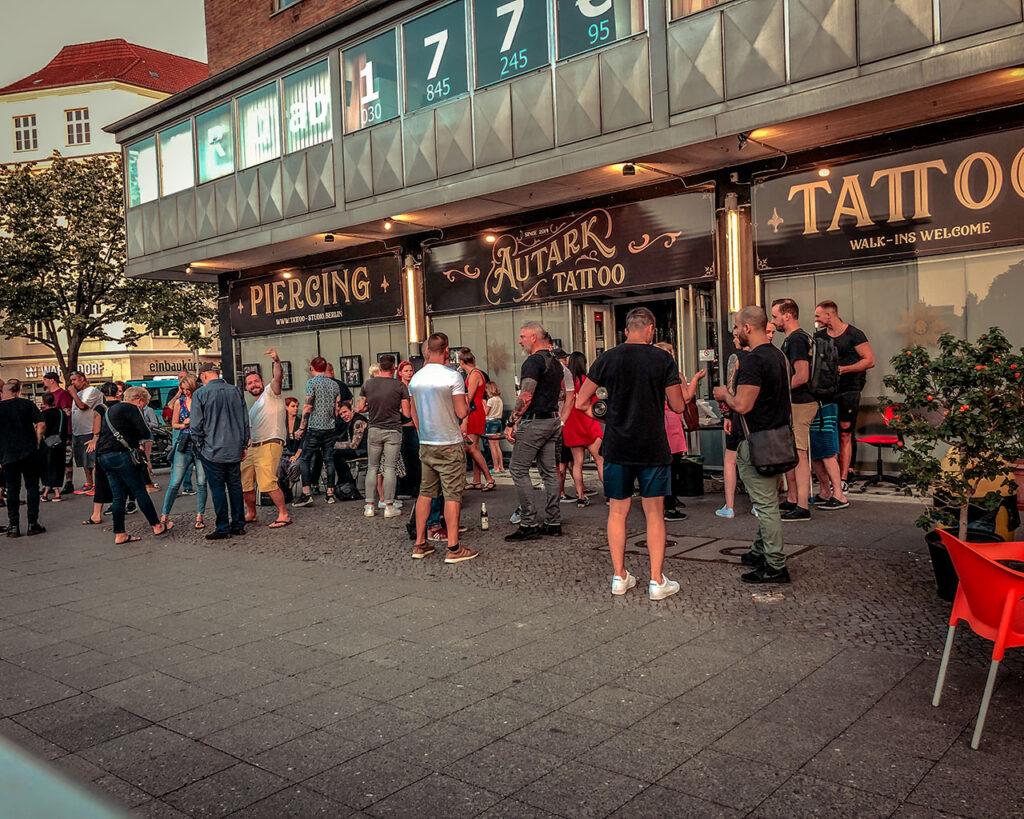 Autark Tattoostudio Gäste Jahresparty